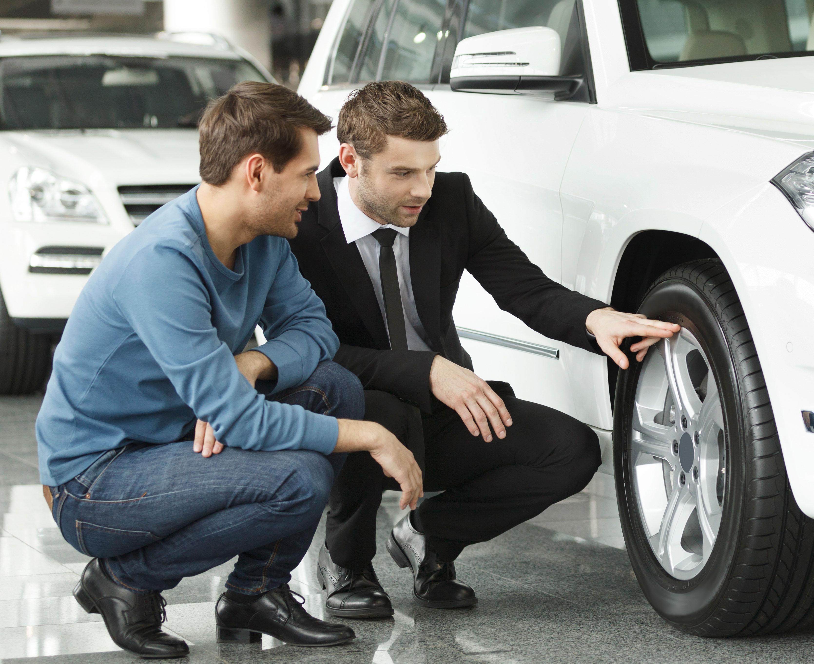 El útil comprador de coches