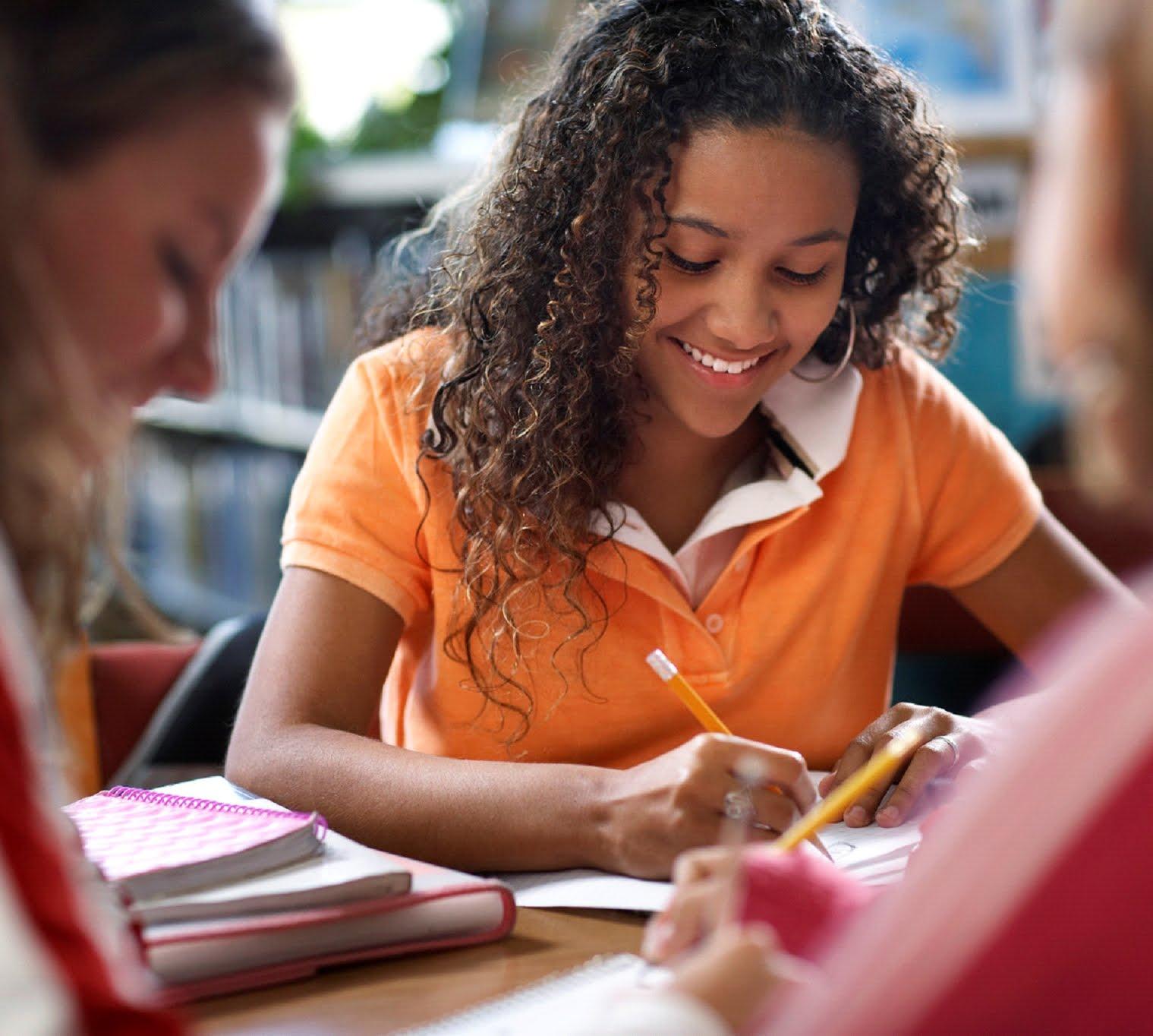 Tomar cursos de ingles y otros idiomas?