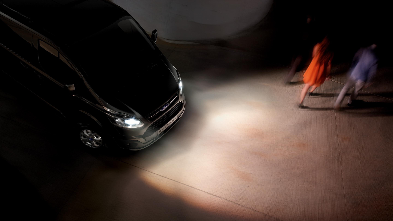 No uses lentillas progresivas si conduces de noche