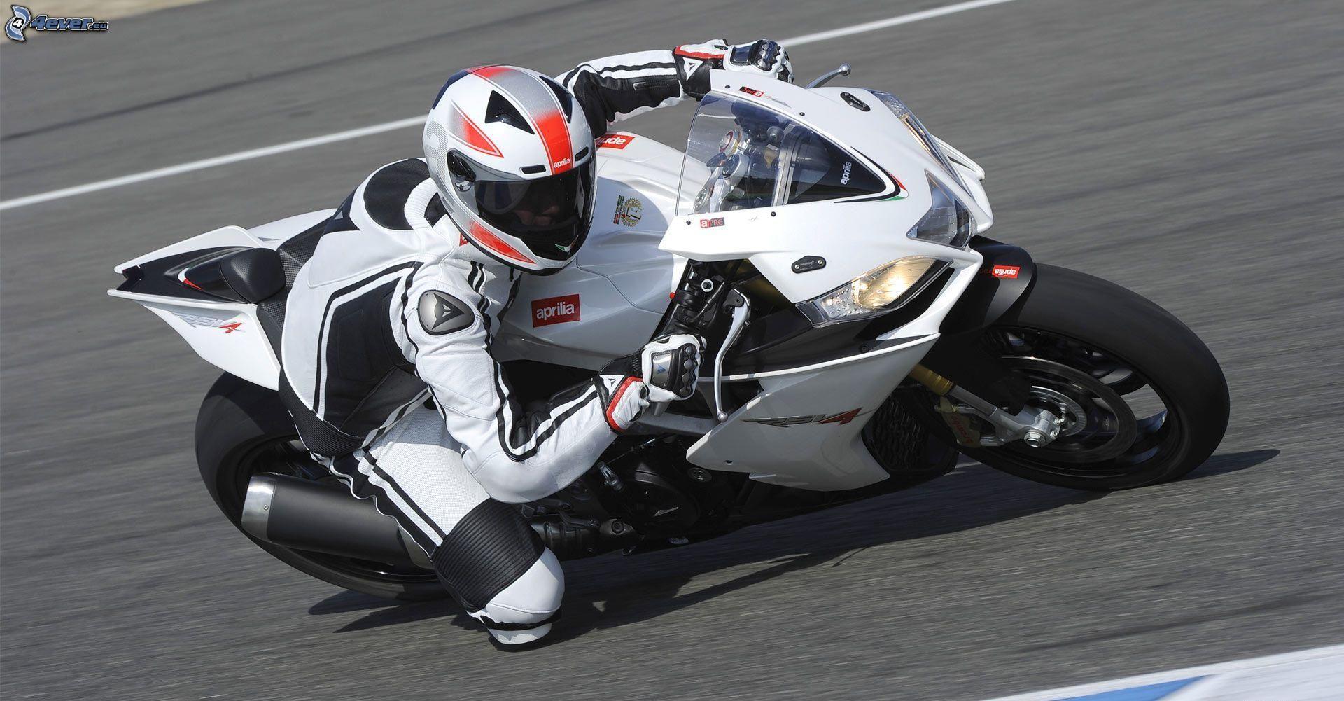 Lo principal de un buen neumático de moto es el agarre