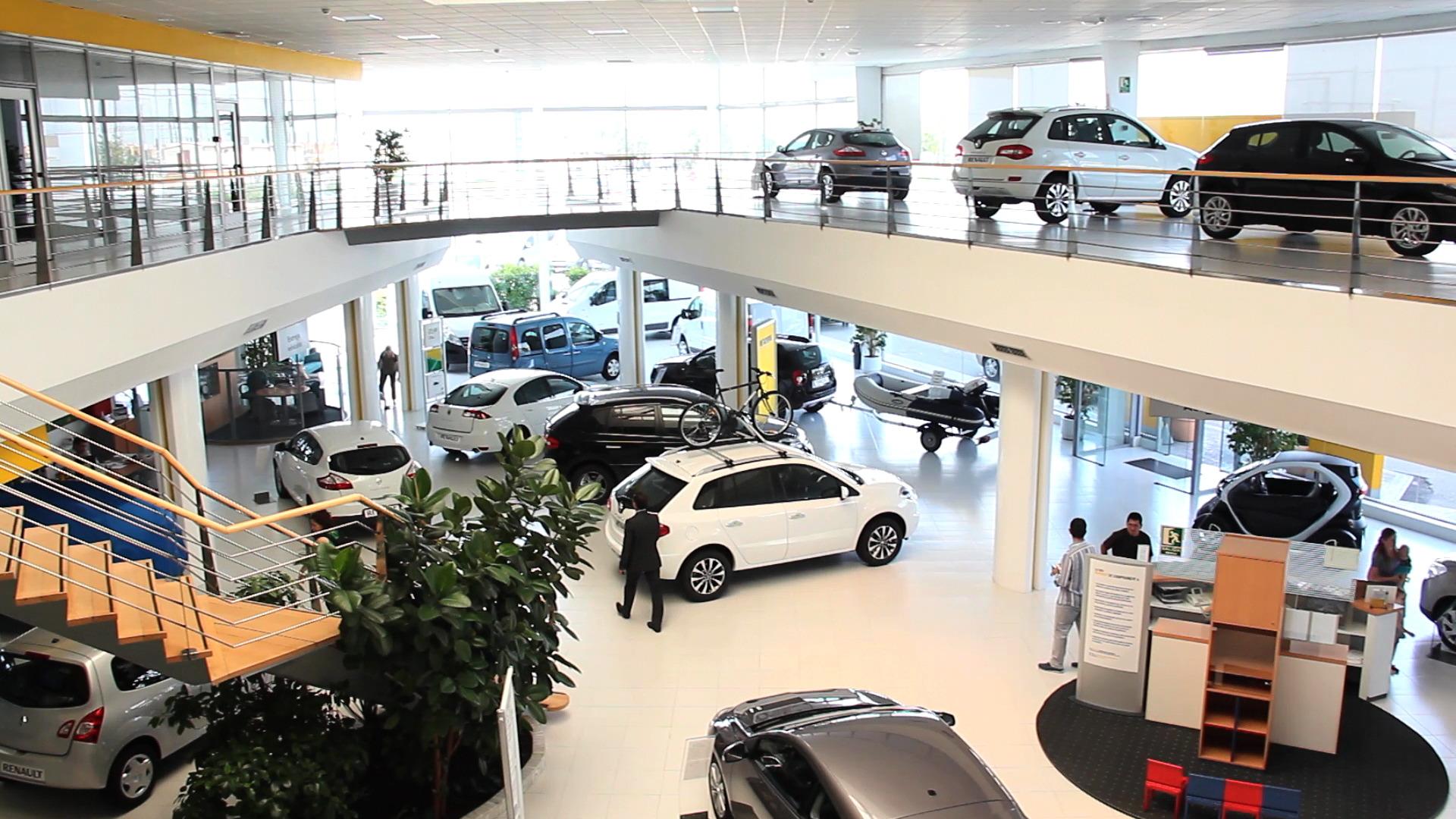 El tradicional modelo de comprador de coches en España
