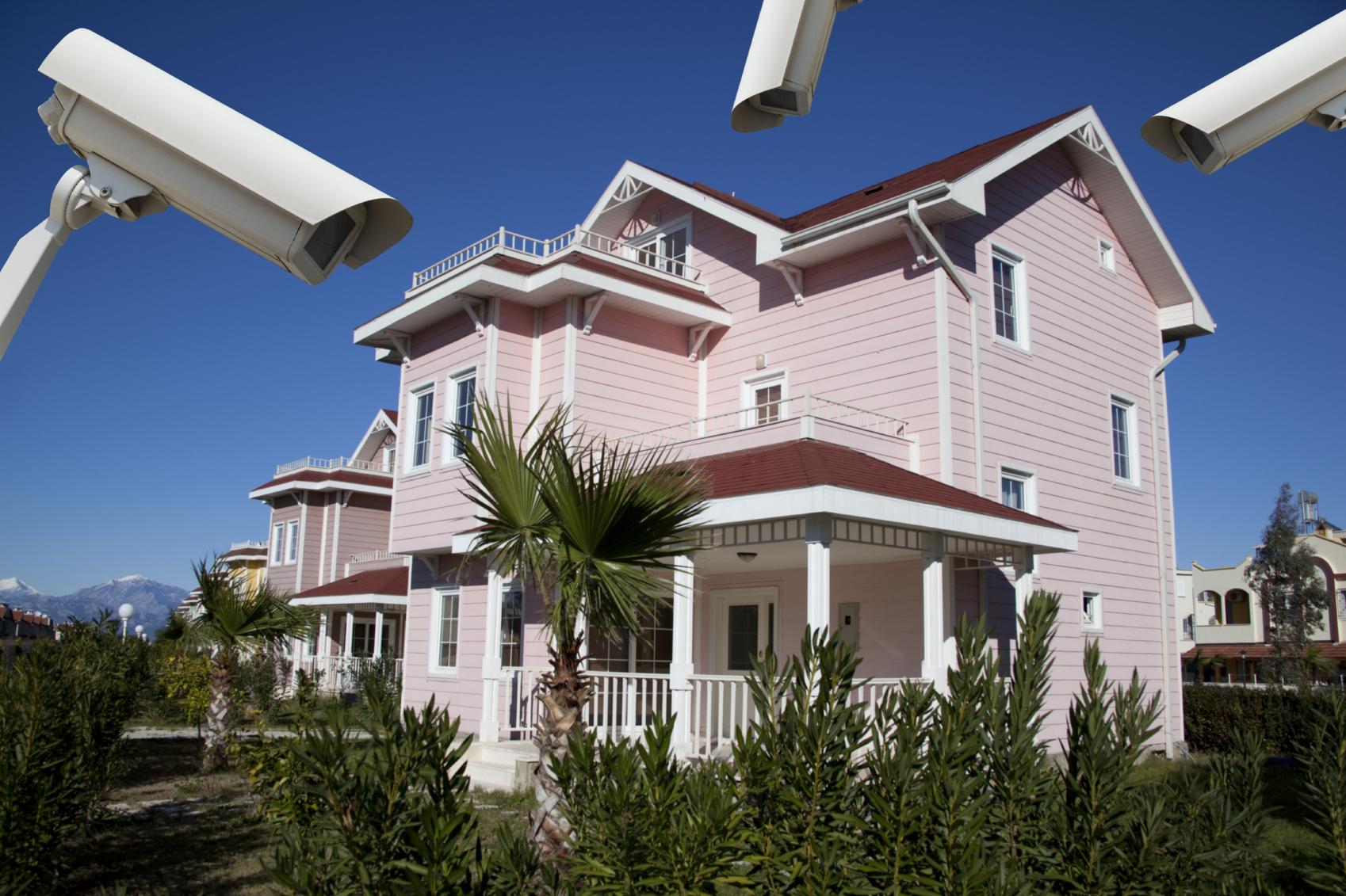 Comprar una casa y usar el buscador seguros para protegerla