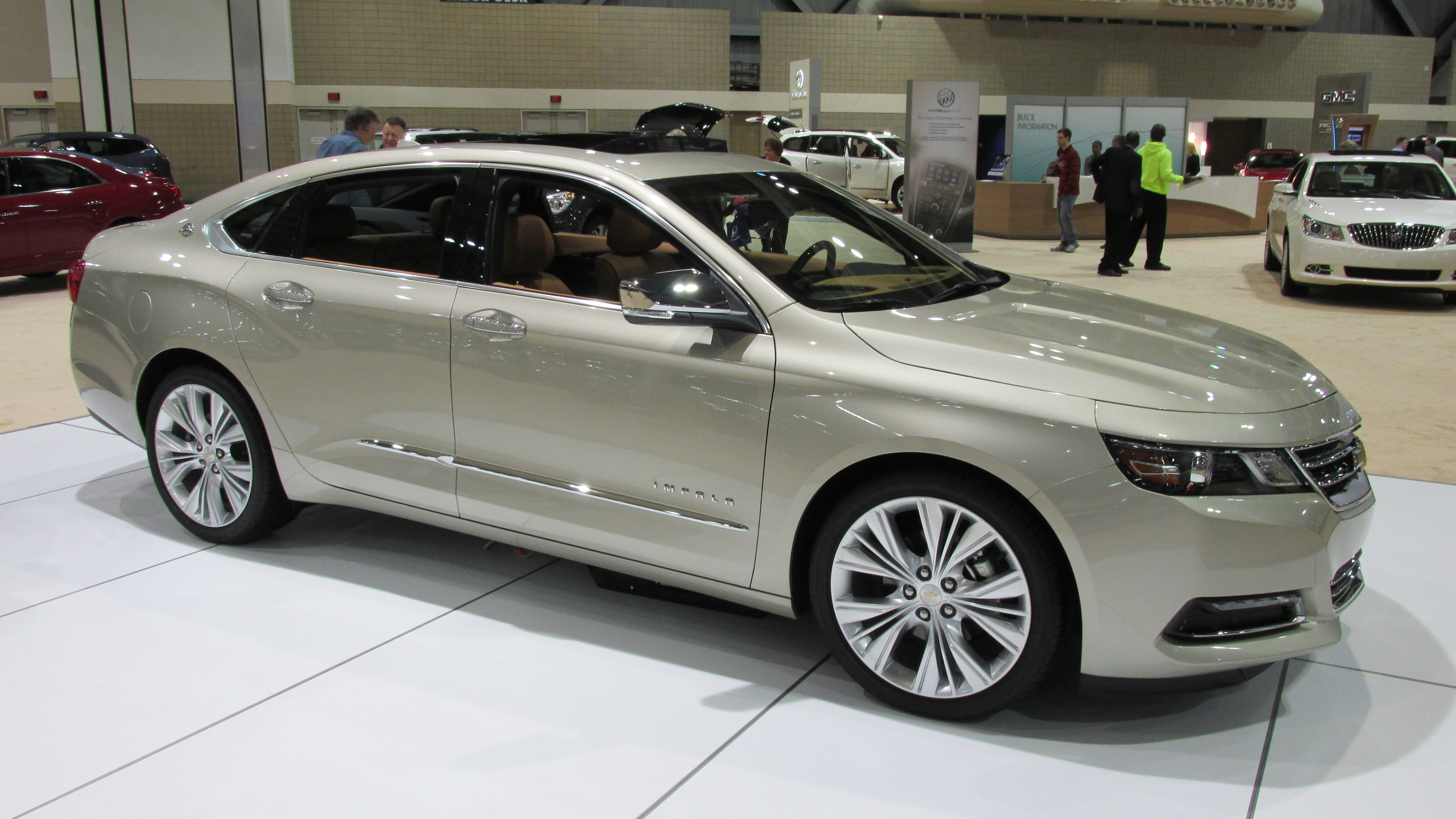 Comprar coches nuevos siempre será el deseo de muchas familias