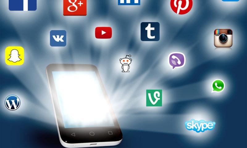 El impacto cultural, económico y político que generan las redes sociales