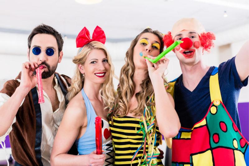 Disfraces divertidos y asequibles para ser el rey del Carnaval 2018