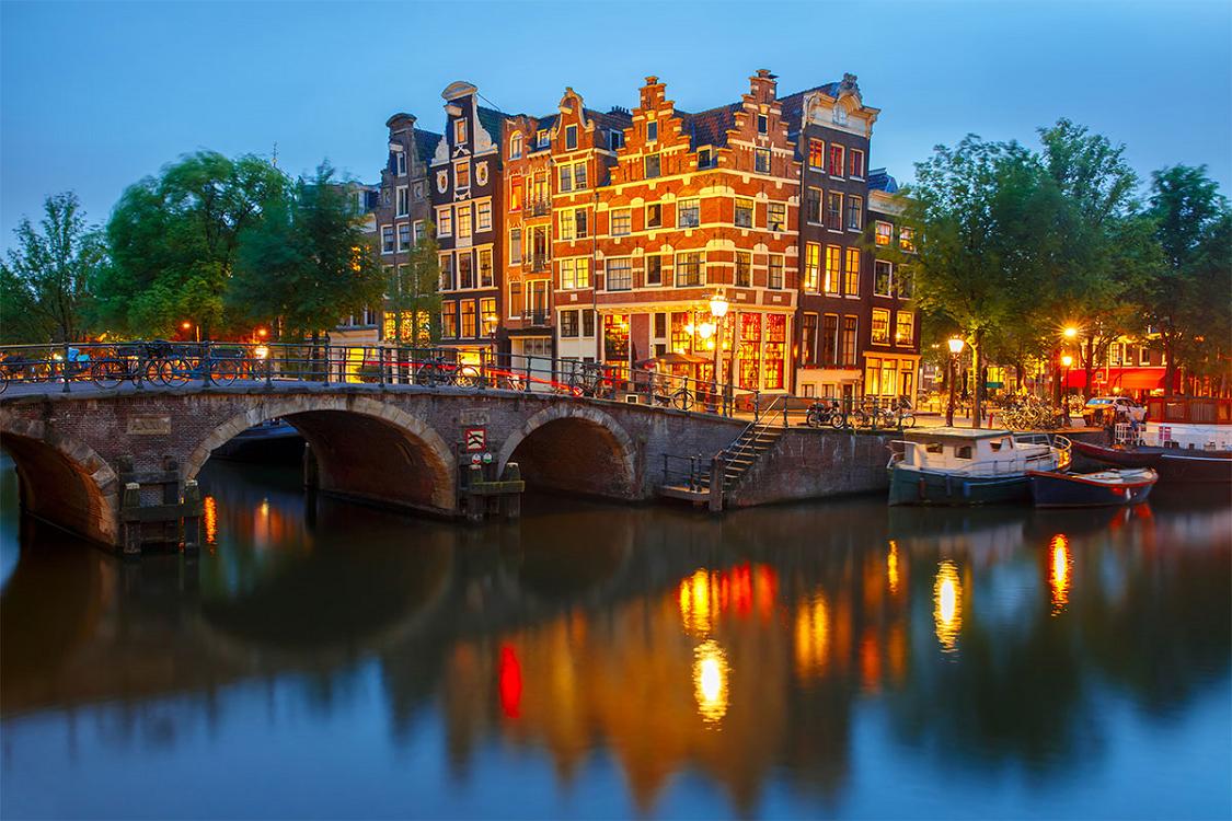 Consigue un vuelo barato y, ¡conoce Ámsterdam!