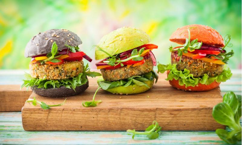 Hamburguesa vegana: 3 recetas fáciles de preparar y deliciosas