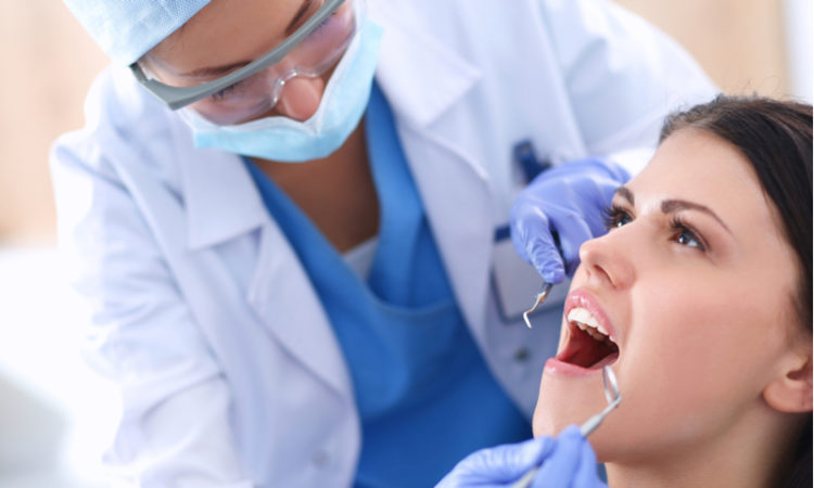 Todo lo que necesitas saber para ahorrar en clínicas dentales